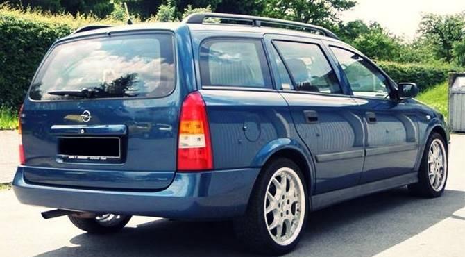 Opel Astra 1.7 2001. godište za otkup polovnih automobila