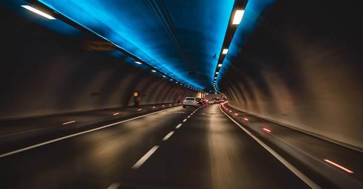 prikaz saobraćaja u tunelu